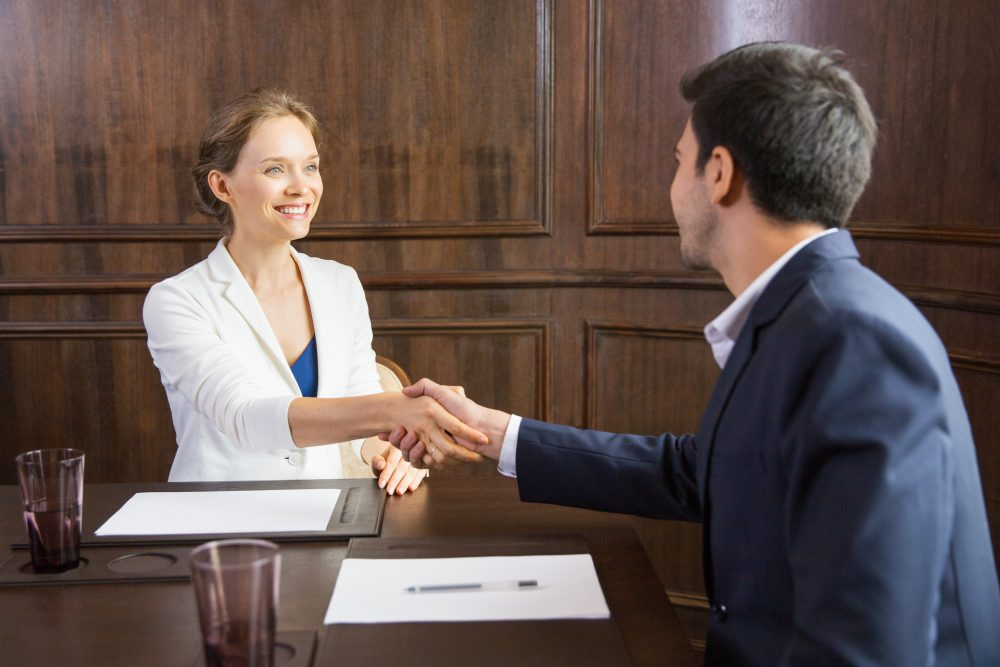 Ontslag vóór proeftijd en tóch schadeplicht voor werkgever